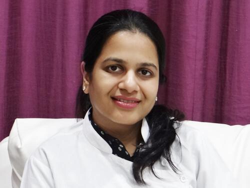 Celebrity Cosmetic Dermatologist Dr. Shweta Sawalka